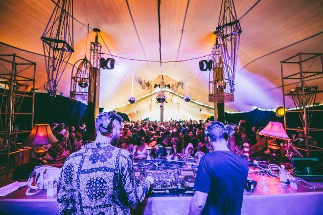 Visionquest se reúne para una fiesta circense en Get Lost Miami