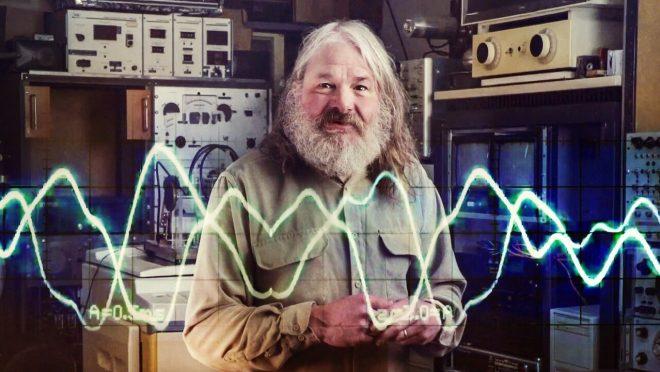 Un cazador de ovnis pasó 30 años intentando contactar con los aliens enviando el espacio música de Kraftwerk entre otros