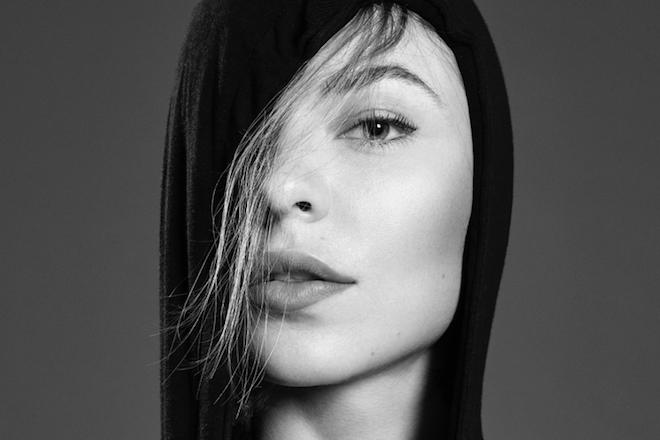Nina Kraviz responde a las críticas sobre sus trenzas