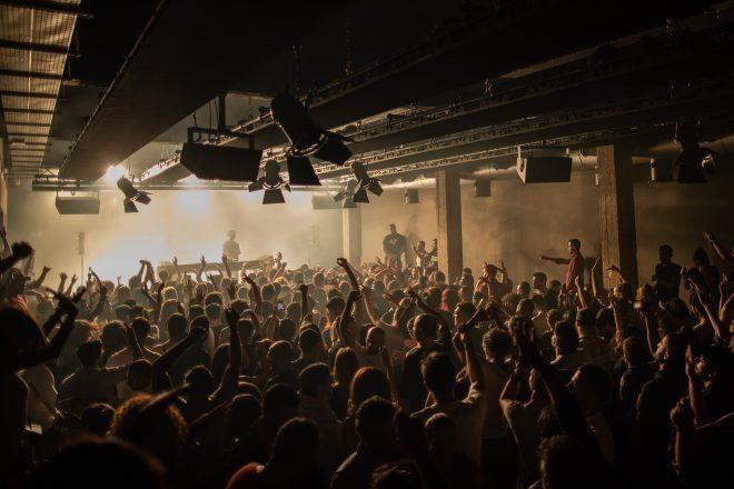 La grave explosión de Beirut ha golpeado drásticamente el distrito de clubes nocturnos de la ciudad.
