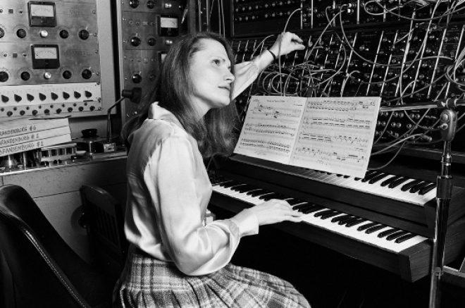 Se publica una nueva biografía de la pionera americana del sintetizador Wendy Carlos